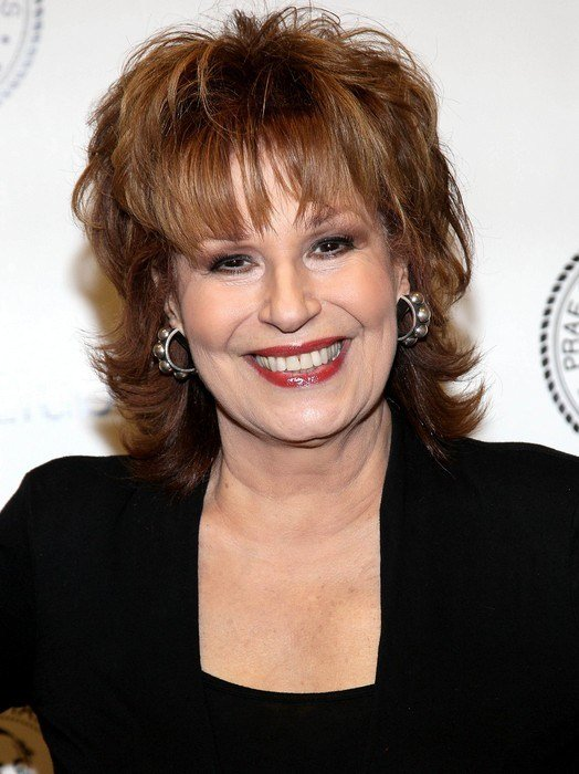 The Best Layered Medium Hairstyle For Women Over 60 Joy Behar Hairstyles Hairstyles Weekly Pictures