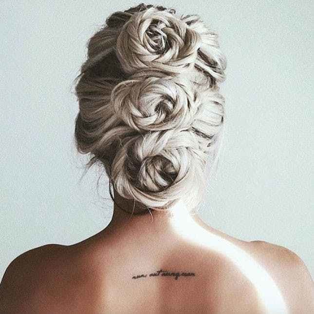 The Best 14 Pretty Chignons That Will Make Your Easter Sunday Pictures