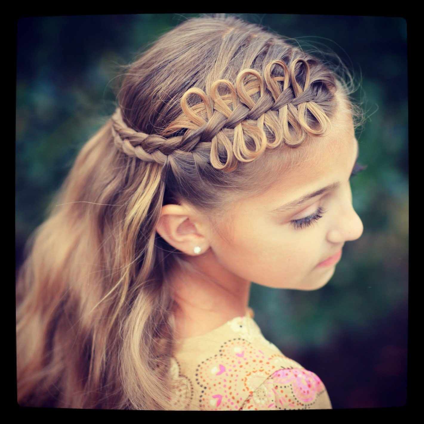 The Best Prim S Bow Braid Tieback Catching Fire The Hunger Pictures