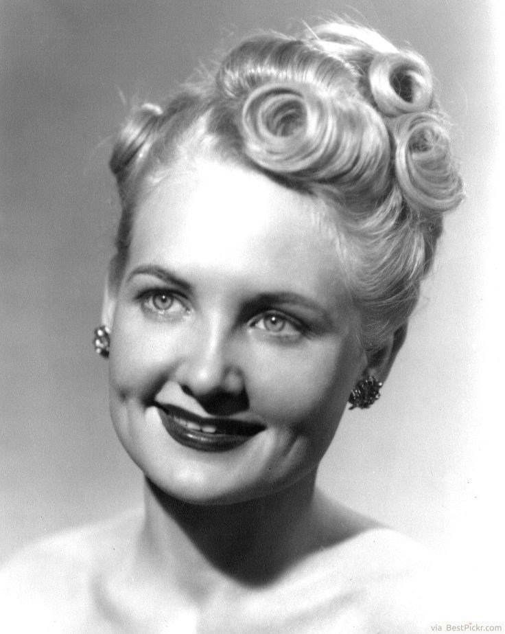 The Best 10 Beautiful 1940 S Hairstyles For Feminine Women With Pictures