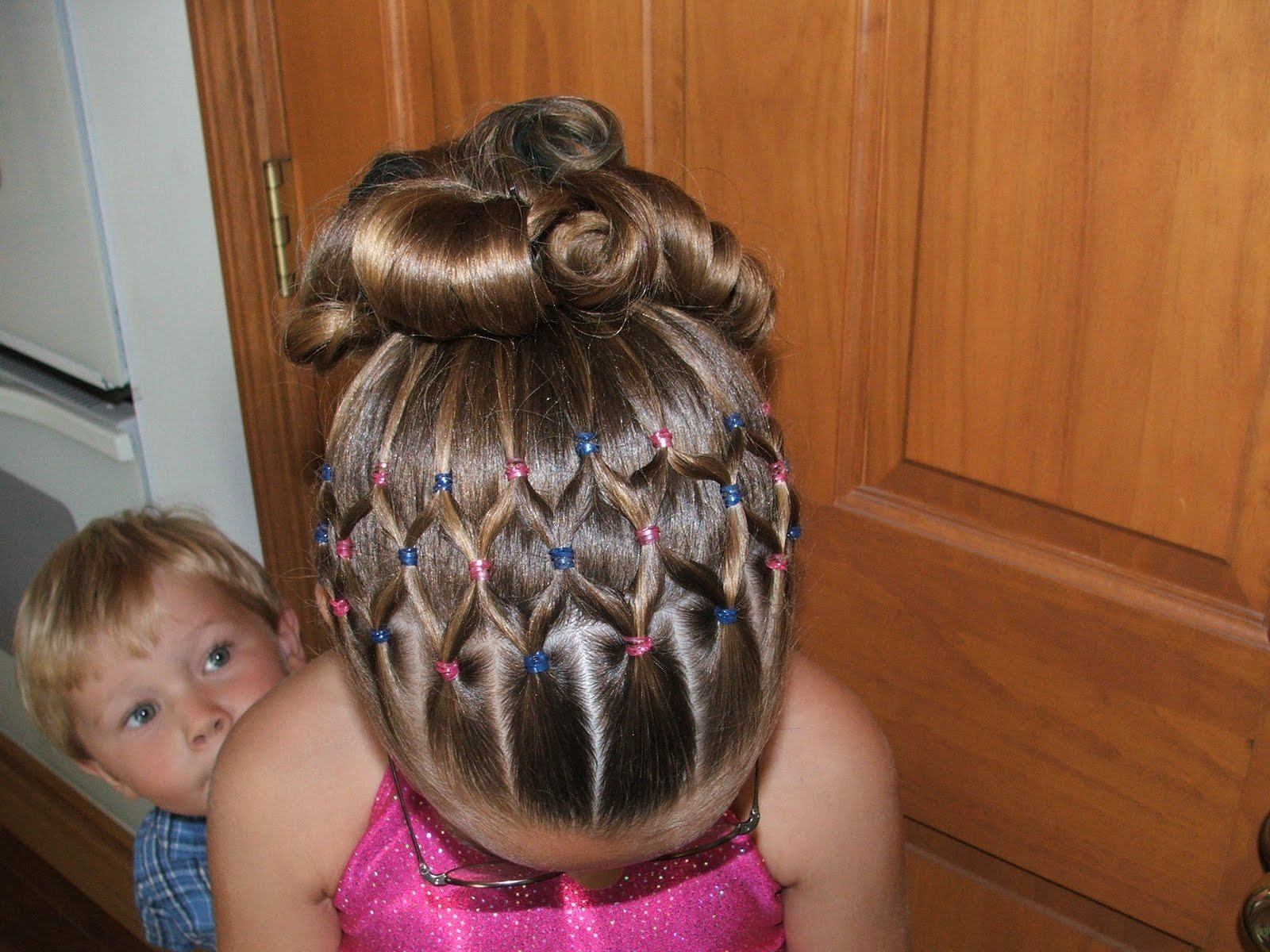 The Best 10 Things To Consider Before Choosing Cute Hairstyles For Pictures Original 1024 x 768