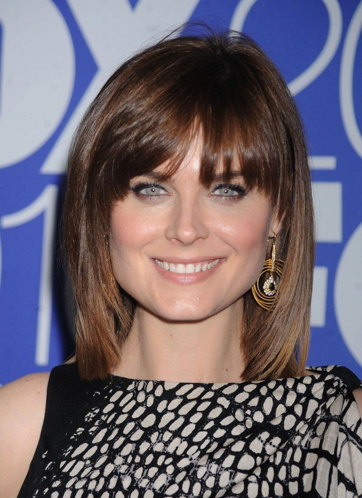 The Best Medium Length Bangs Hairstyles Pictures