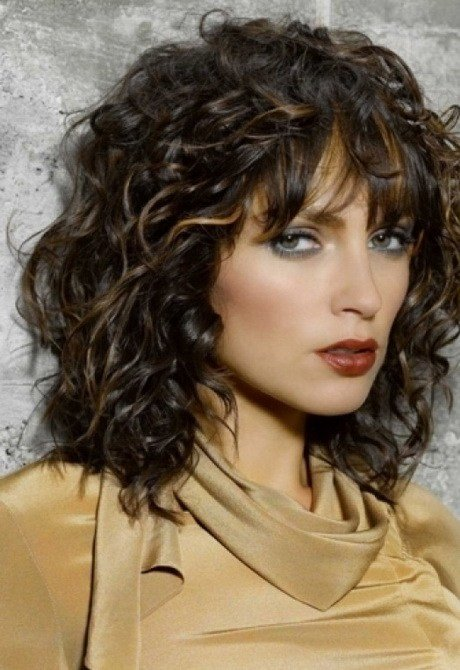The Best Cute Hairstyles For Medium Length Curly Hair Pictures