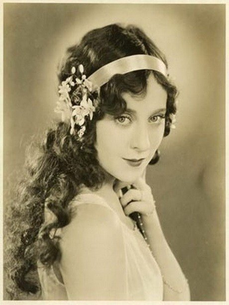 The Best Hairstyles For Women In 20S Pictures