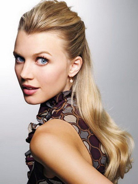 The Best Interview Hairstyles For Long Hair Pictures