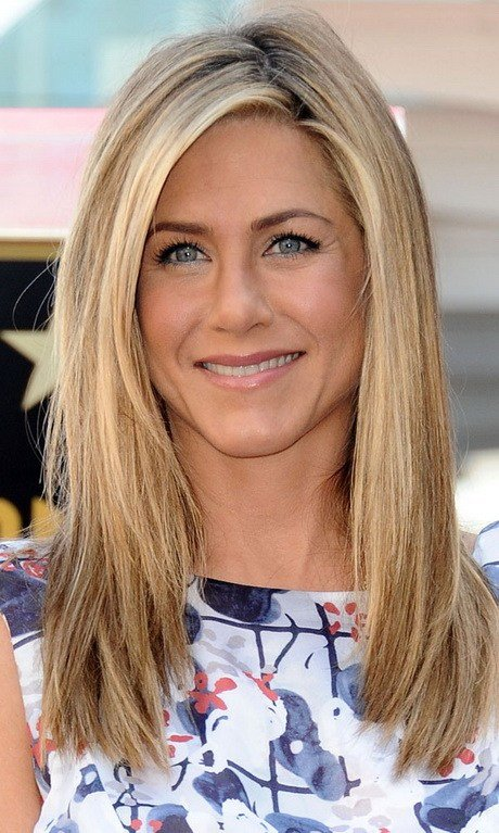 The Best Jennifer Aniston Layered Haircut Pictures