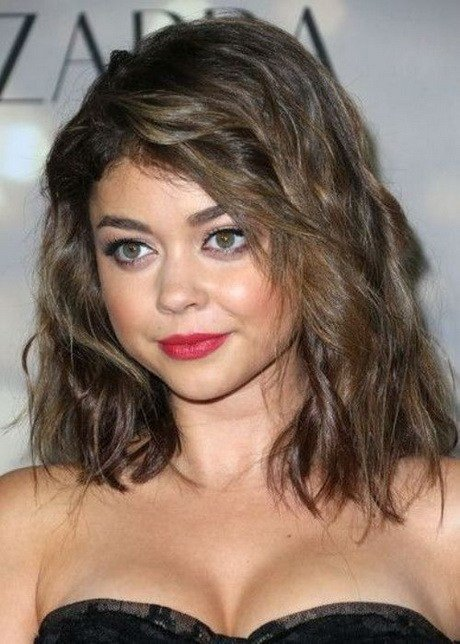 The Best Medium Layered Haircuts For Round Faces Pictures