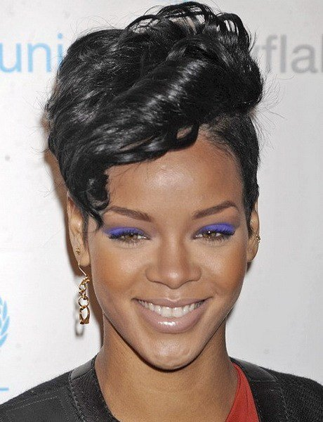 The Best Rihanna Short Hairstyles 2015 Pictures
