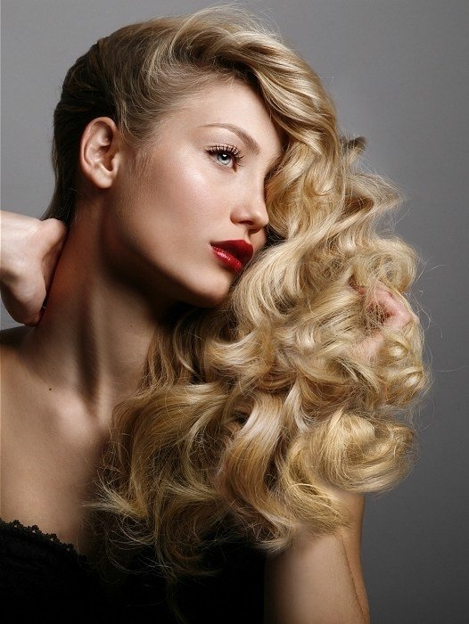 The Best Loose Curls Hairstyles Pictures