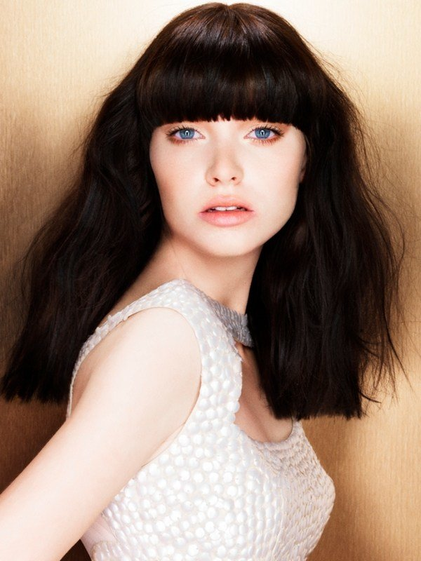 The Best Trendy Long Hair Styles With Bangs Pictures