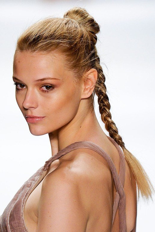 The Best Quick And Easy Winter Hairstyles Pictures