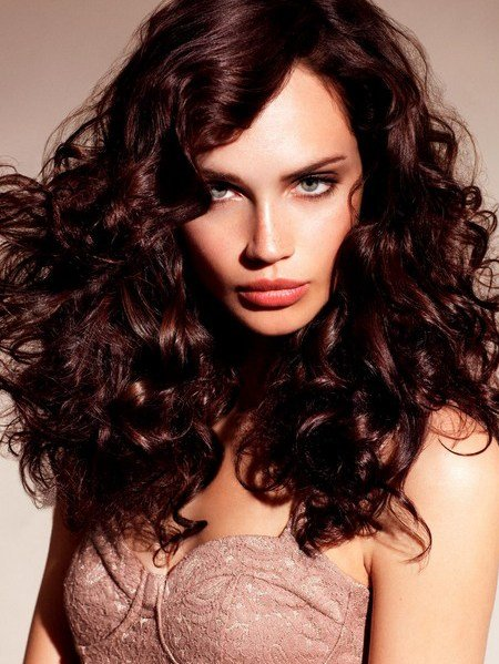The Best Pictures Fall Hairstyle Ideas New Haircuts And Colors You Ll Love Dark Auburn Hair Color Pictures