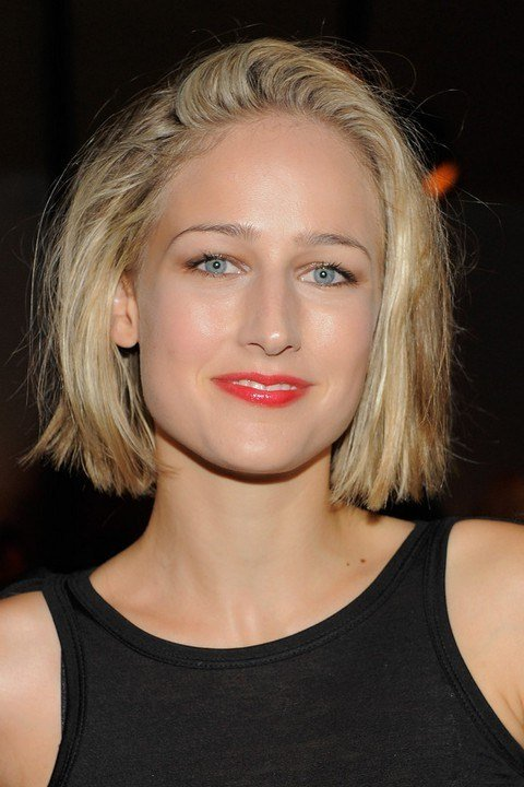 The Best Leelee Sobieski Short Blunt Bob Hairstyle For Girls Pictures