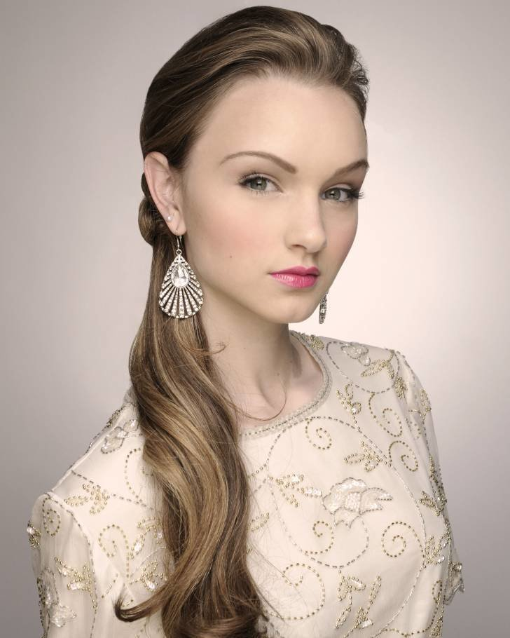 The Best From Casual To Elegant Brides In Ponytails Wedding Fanatic Pictures