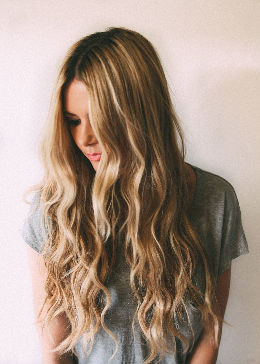 The Best Beachy Waves Tutorial Barefoot Blonde By Amber Fillerup Pictures