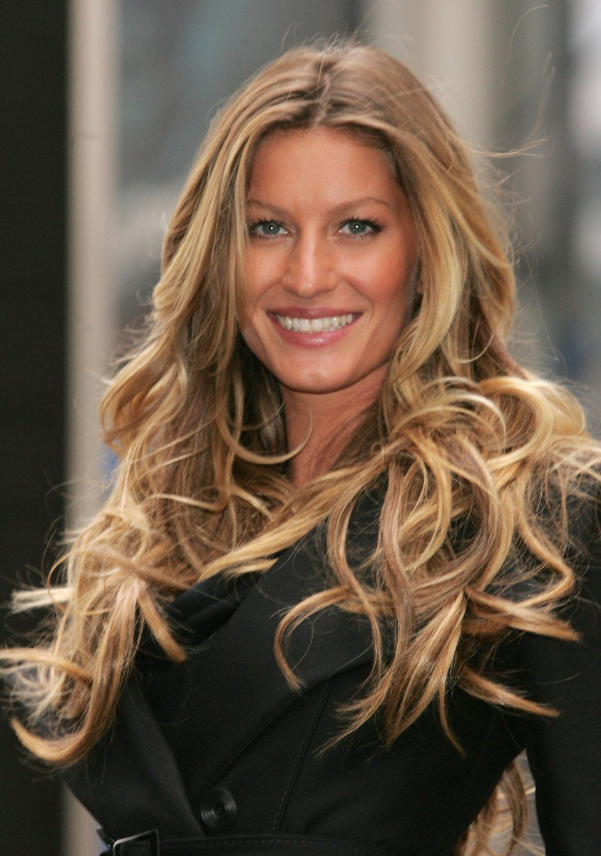 The Best Gisele Bündchen Hairstyle Makeup Dresses Shoes And Pictures