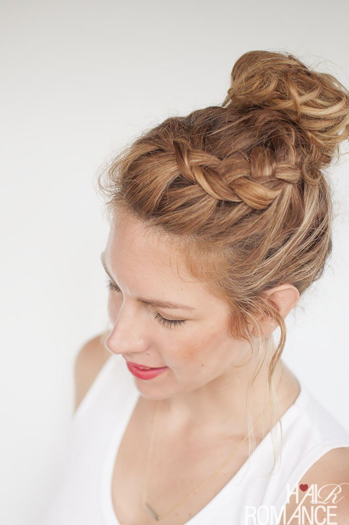 The Best Everyday Curly Hairstyles Curly Braided Top Knot Hairstyle Tutorial Pictures