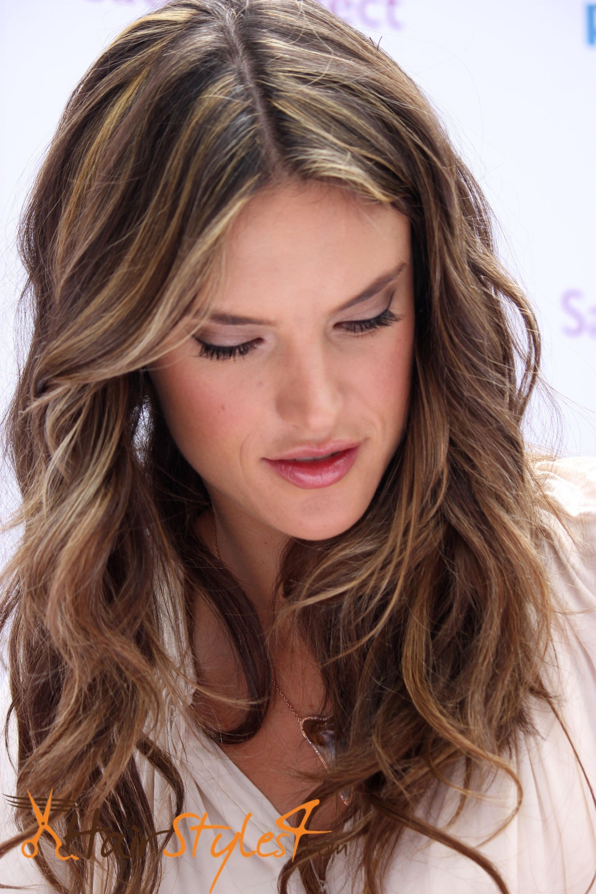 The Best Brown Hair Colors For Cool Skin Tones Hairstyles4 Com Pictures