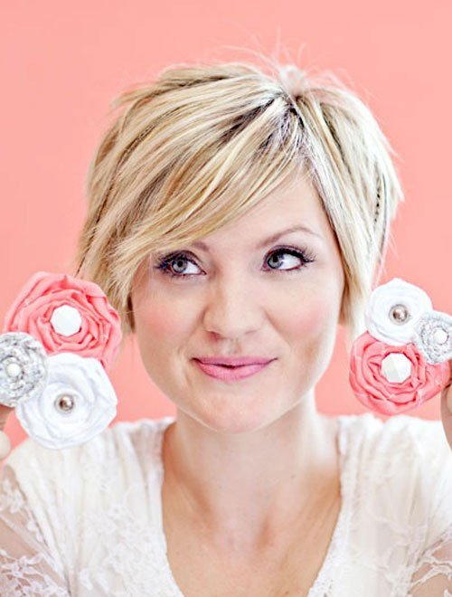 The Best Short Hairstyles For Women Over 40 With Round Faces Pictures