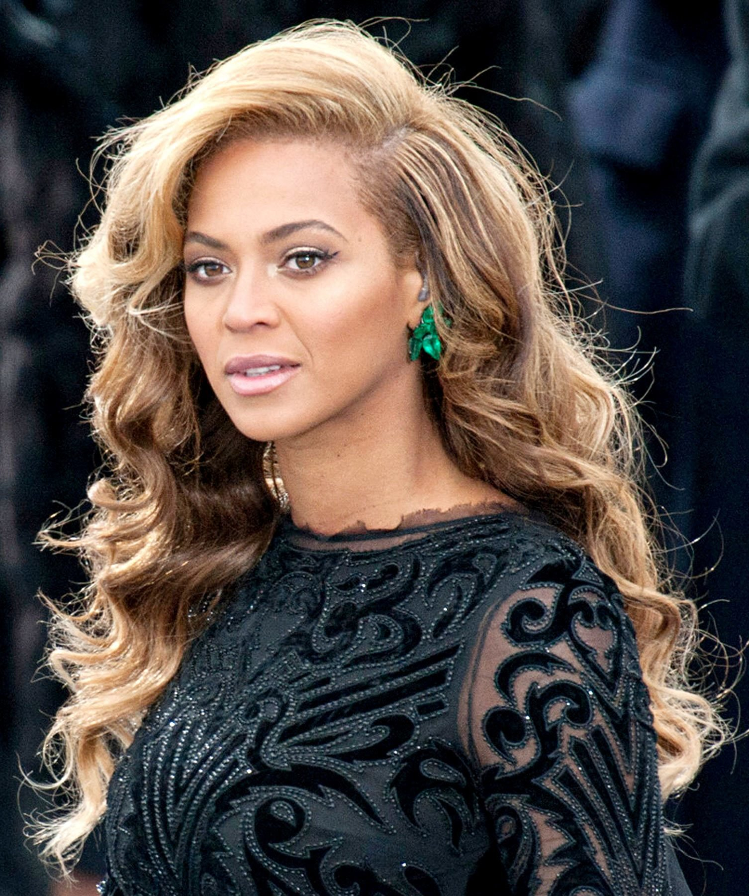 The Best See Beyonce S Emerald Inauguration Earrings — How Many Pictures