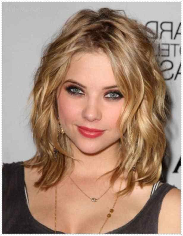 The Best 17 Captivating Hairstyles For Round Faces Sheideas Pictures