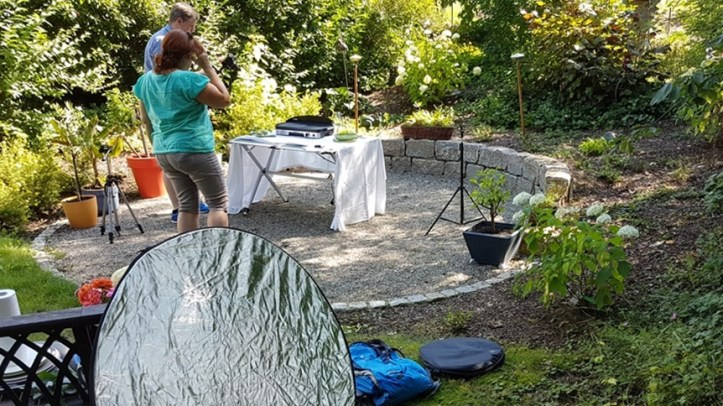 fotoshooting aufbau im Garten