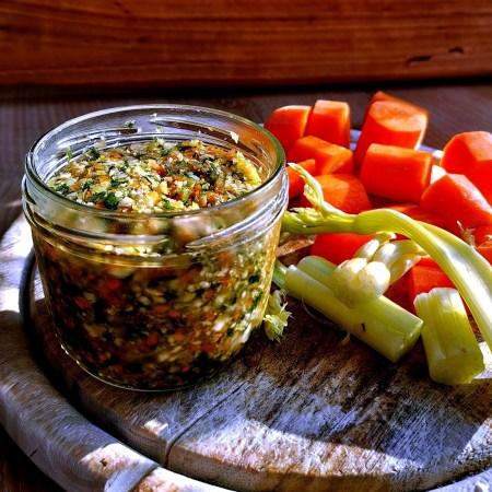 Suppengemüse haltbar machen als Suppengrün im Glas