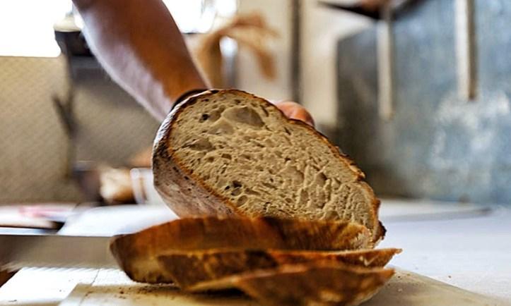 White Farmer Bread - englisches Bauernbrot von der Expedition Backrohr in England