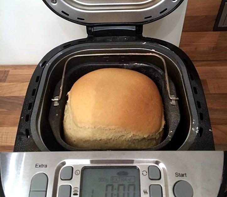 Brotbackautomat von Rommelsbacher - das Brot ist fertig