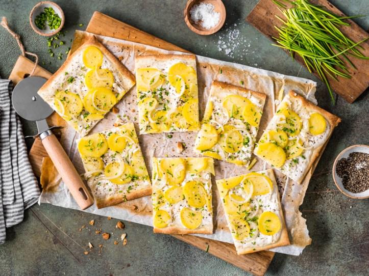 Flammkuchen mit Kartoffeln - selbstgemacht -7 Rezepte: Kreative Resteküche mit Kartoffeln