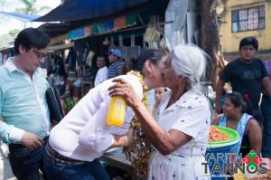 Comerciantes del mercado 12 de Octubre recibieron con alegrÃ-a a la candidata del PRI Yarith Tannos