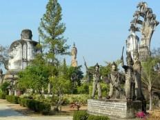 Sculpture park in Nong Khai-9