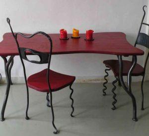 tafel-met-stoelen