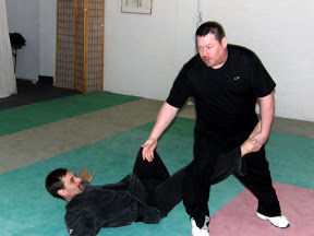 Gasttraining bei Ju-Jutsu-Do RV mit Pangulong Guro Jon Ward (5. Dan TKD und Hapkido) am 17.03.2010 Ravensburg