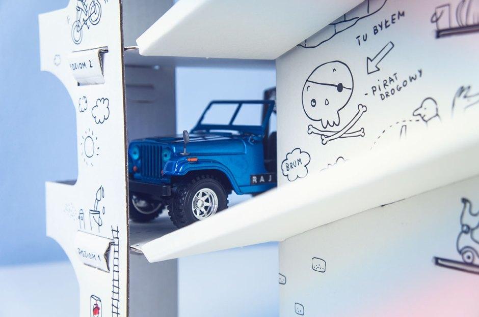 Nasze odkrycie: parking piętrowy kolorowanka XXL