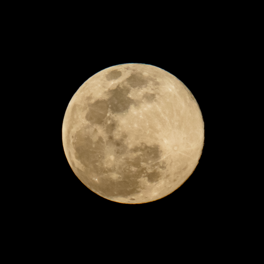 Super Moon April 2020