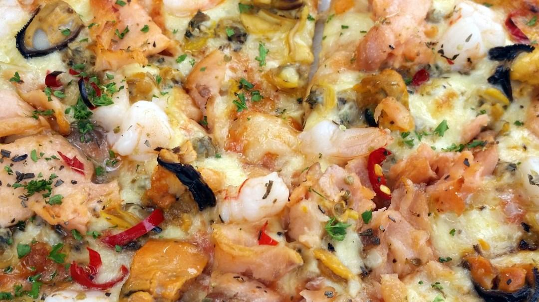 blog seafood pizza