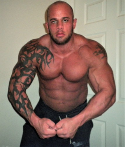 DOMINANT MUSCLE STUD