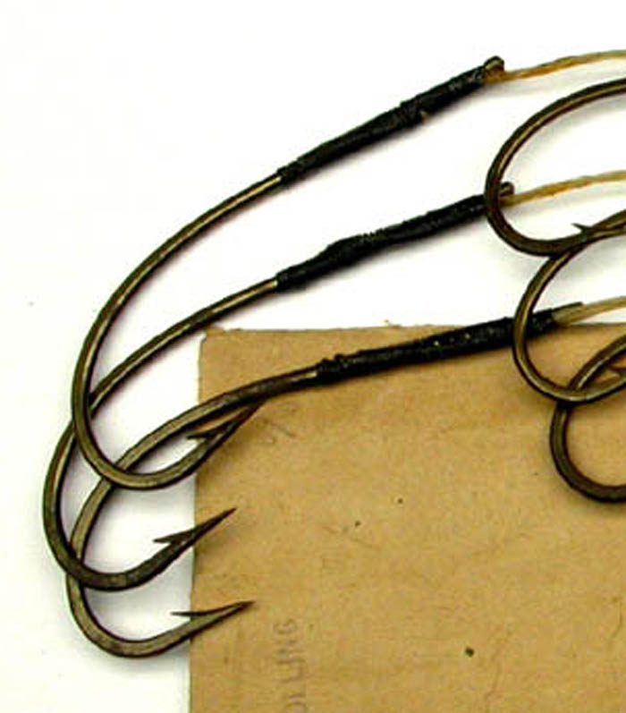 2b Edward Vom Hofe, marked 6/0, 4 strand gut, knobbed. package marked O'S trolling, ca 1900. 1900's collection.