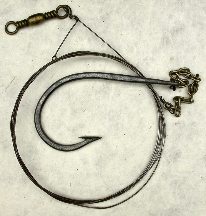 21a E Vom Hofe, Van Vleck, 11/0, tinned, forged, needle eye, links & snell, knife edge, ca 1900.