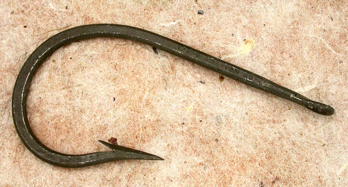39a Van Vleck, Vom Hofe, England, forged, 11/0, tinned, welded ring eye. Ca 1900 Part of the 1900's collection.
