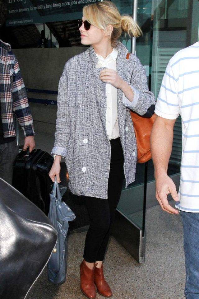 airport_outfit_style_travel_emma_stone