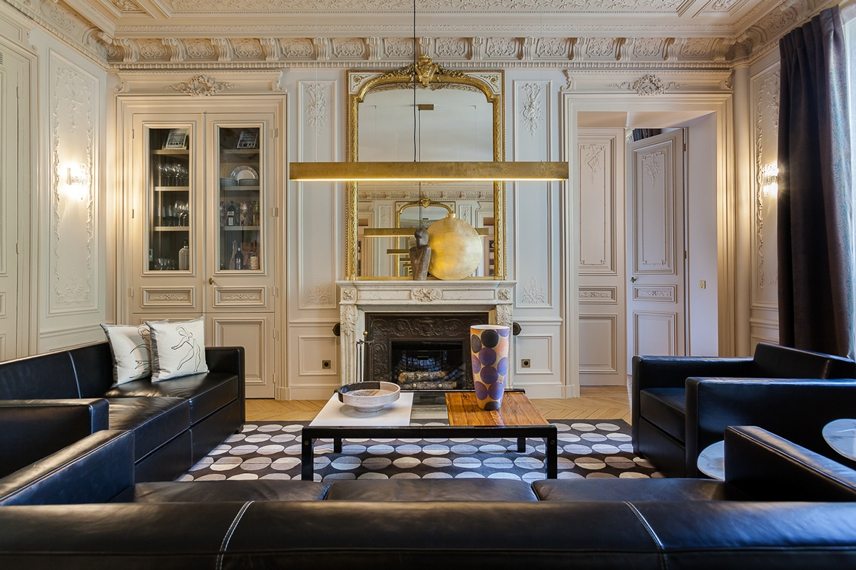 Modern Luxury Apartment Interior Design By Mathieu Fiol