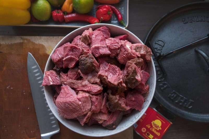 Recept   Dutch Oven Chili Con Carne   Sukade   Rookplankje.nl