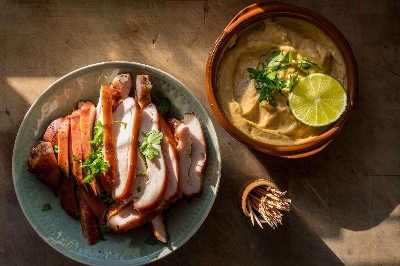 Recept | Warmgerookte kip met cajun limoen mayo | Rookplankje.nl