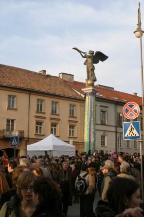 Auf dem zentralen Platz von Uzupis finden die Konzerte zum Jubiläum statt.