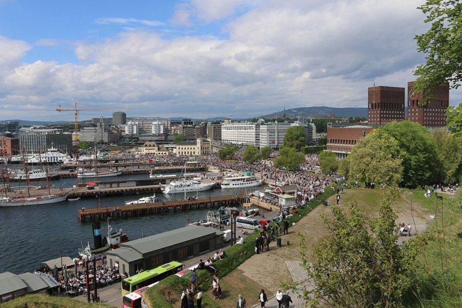 Oslo Hafen Nationalfeiertag