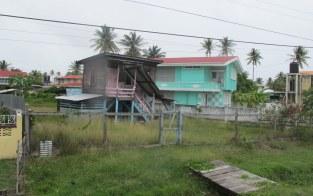 Die Häuser in Guyana sind ärmlich.
