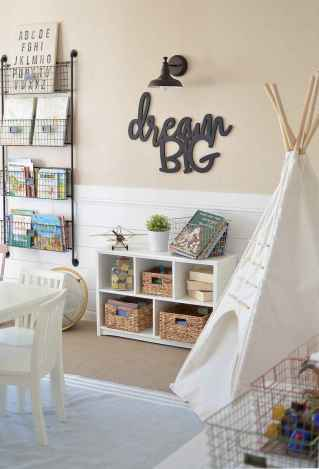 50 ideas for organizing playrooms & kid's spaces (11)