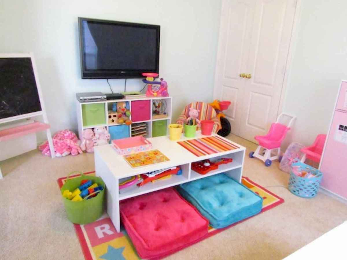 50 ideas for organizing playrooms & kid's spaces (17)